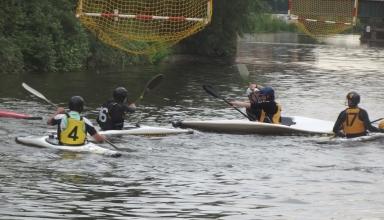 CanoeWaterPolo2