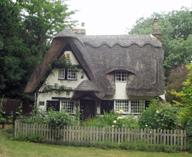 ThatchedHouseHoughton1