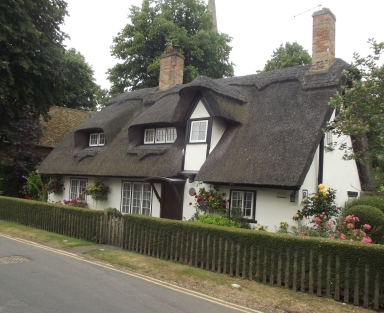 ThatchedHouseHoughton2