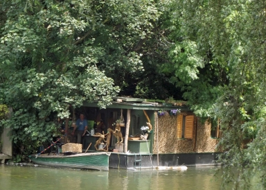 wickerhouseboat