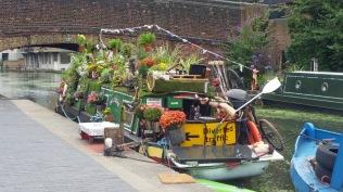 FloweryBoat2